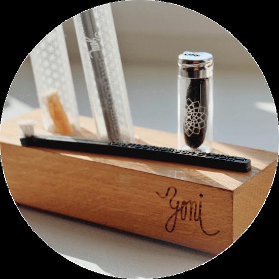 stojánek na rawtoothbrush a dentální NIT
