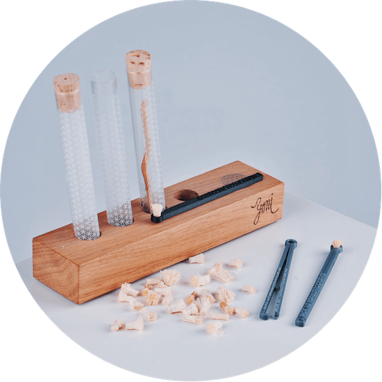Stojánek na rawtoothbrush pouzdro z českého skla a rawtoothbrush