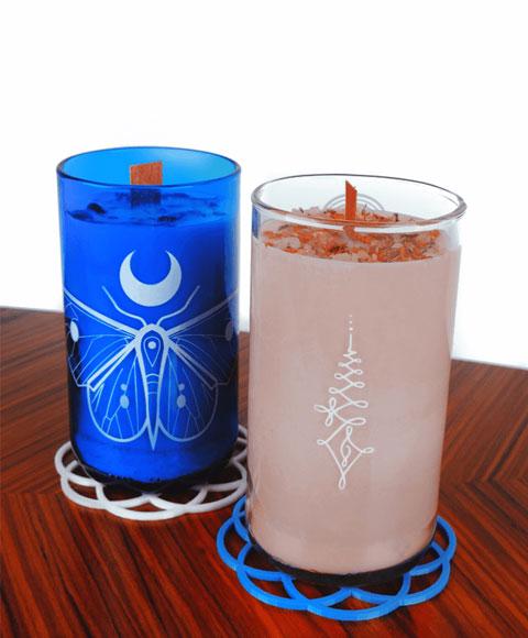 fotka zadní strany sklenic se svíčkou z přírodního vosku - druhá