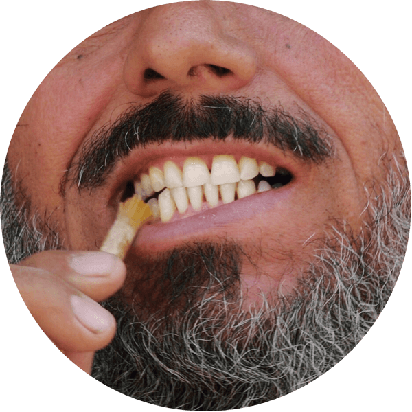 fathy using rawtoothbrush